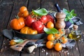 Picture leaves, oil, yellow, dishes, red, vegetables, tomatoes