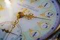 Picture macro, figures, dial, arrows, watch