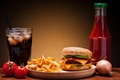 Picture ice, cheese, bow, vegetables, tomatoes, hamburger, Patty, ketchup, Coca-Cola, sesame, fast food, bun, potatoes, fast ...