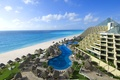 Picture the ocean, Mexico, Cancun, the hotel