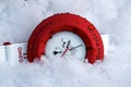 Picture clock, snow, Omega, red, white